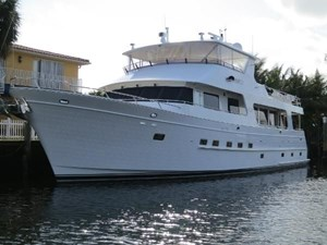 NV 2 NV 2008 OUTER REEF YACHTS 800 MY Motor Yacht Yacht MLS #266109 2