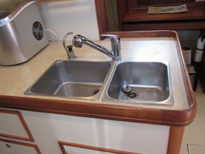 Second Wind 38 SS Double Sink