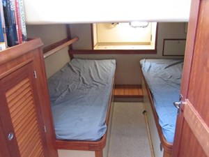 Second Wind 41 Aft Cabin