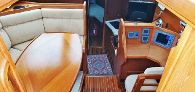 Pilothouse from Companionway