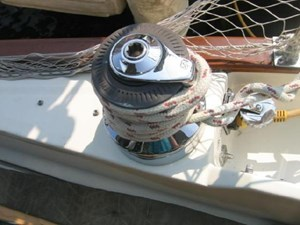 Lewmar ST 2-Speed Primary Winch Port Side