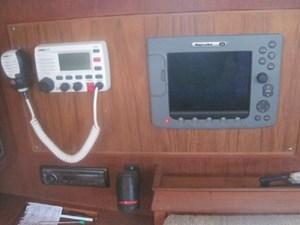 Radar/Chart Plotter & VHF
