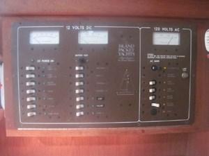 12 V + 110V Electrical Panel