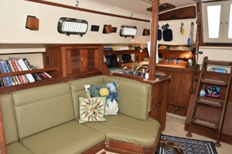 saloon, port side looking aft