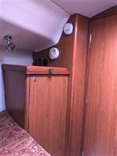 Vee Berth Hanging Locker