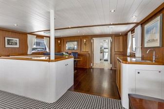 NORDIC STAR 12 DINING AREA