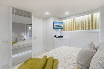 Aft Guest Stateroom (Gold)