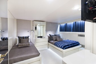 Forward Guest Stateroom (Blue)