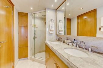 Guest VIP 1 Bath