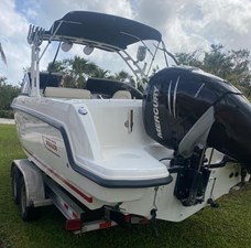 2018 Boston Whaler 230 Vantage @ Cancun 3 2018 Boston Whaler 230 Vantage @ Cancun 2018 BOSTON WHALER 230 Vantage Boats Yacht MLS #266349 3