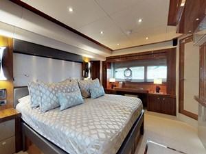 Sunseeker-28-Meter-Yacht-08092018_180111