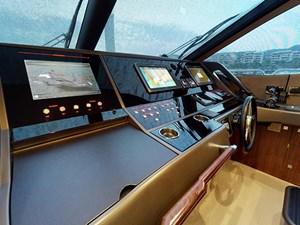 Sunseeker-28-Meter-Yacht-08092018_215402