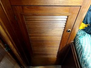 v-berth hanging locker