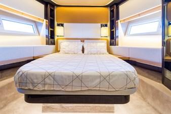 Yachti Ana 21