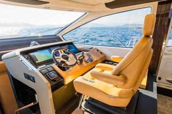 Yachti Ana 12