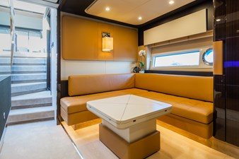 Yachti Ana 18