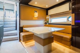 Yachti Ana 19