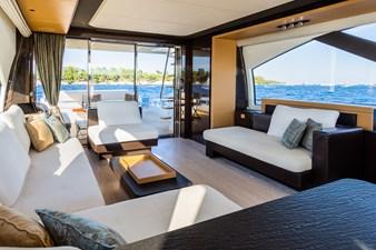 Yachti Ana 10