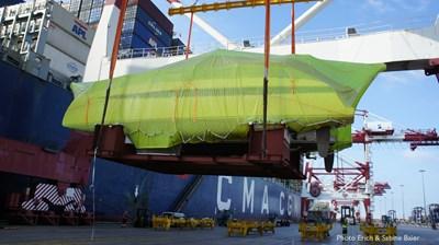 HH Catamarans OC50 25 OC50 offloading