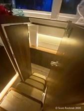 HH50 Master Cabin steps