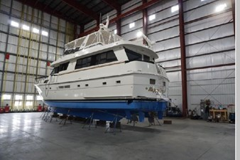 1988 Hatteras 65 Motor Yacht 1 2