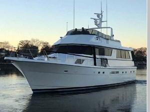 1988 Hatteras 65 Motor Yacht 2 3