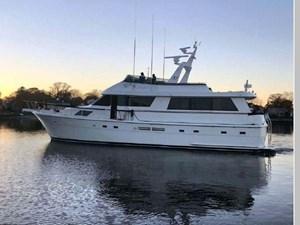 1988 Hatteras 65 Motor Yacht 3 4