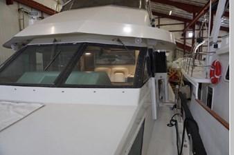 1988 Hatteras 65 Motor Yacht 6 7