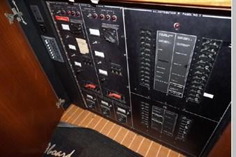 1988 Hatteras 65 Motor Yacht 20 21