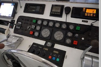 1988 Hatteras 65 Motor Yacht 22 23