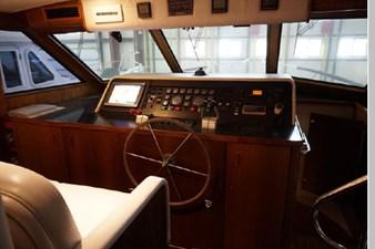 1988 Hatteras 65 Motor Yacht 28 29