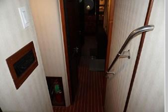 1988 Hatteras 65 Motor Yacht 39 40
