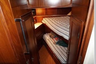 1988 Hatteras 65 Motor Yacht 42 43