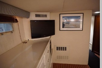 1988 Hatteras 65 Motor Yacht 52 53