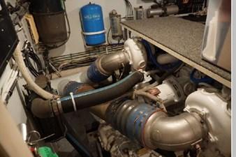 1988 Hatteras 65 Motor Yacht 60 61