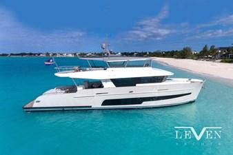 LeVen 90 LV01 3 LeVen 90 LV01 2020 LEVEN 90 Flybridge Motor Yacht Yacht MLS #266547 3