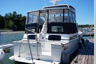 1991 Tollycraft 44 Cockpit Motor Yacht 3 4