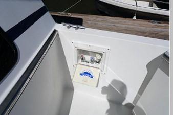 1991 Tollycraft 44 Cockpit Motor Yacht 9 10
