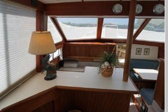 1991 Tollycraft 44 Cockpit Motor Yacht 20 21