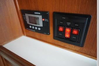 1991 Tollycraft 44 Cockpit Motor Yacht 24 25