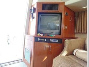 2004 Carver 420 Mariner 16 17