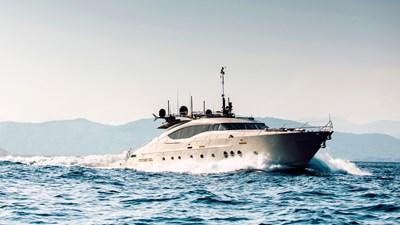 yacht-bagheera-202008-running-01