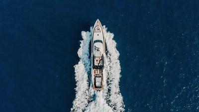yacht-bagheera-202008-running-03