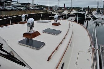 BIG DECISION 21 Foredeck and Bow