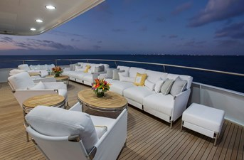 141' Expedition Yacht MARCATO owner's deck