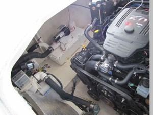 2007 Sea Ray 290 Sundancer 14 15