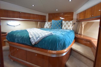 V-Berth VIP to Bed from Head