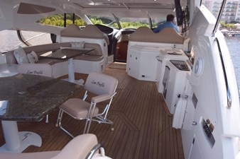 Aft and Midship Seating with Wet Bar