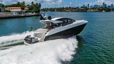 3_2019 57ft Sunseeker Predator
