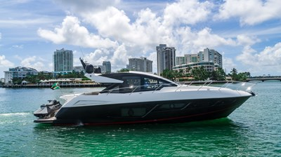 4_2019 57ft Sunseeker Predator